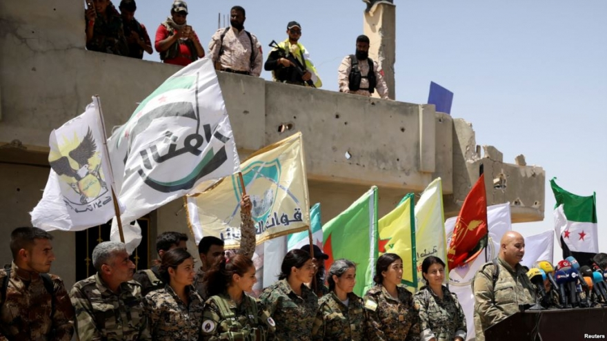 Reuters: Hêzên Sûriya Demokrat ji Çend Aliyan de li Reqa Pêş Dikevin