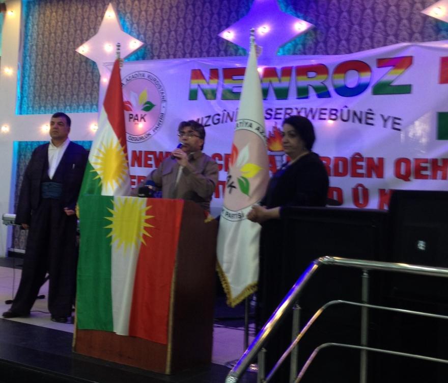 Pîrozbahîya Newrozê li Holan