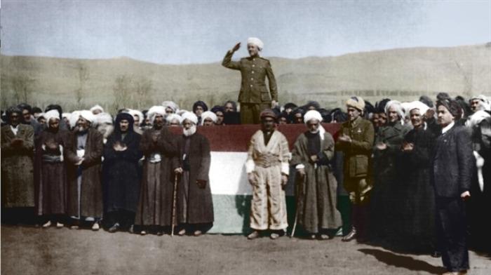 Avabûna Komara Kurdistanê ya li Mehabadê Şoreşeke Siyasî û Milî Ye…,avabûna,komara,kurdistanê,ya,li,mehabadê,şoreşeke,siyasî,û,milî,ye